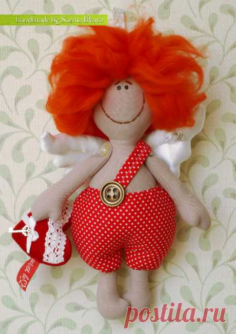 We sew naughty Valentinchik. \u000aIt is sure that having taken rest from snowmen, the grandfather of frosts and other New Year's attributes, needlewomen prepare for the St. Valentine's Day. And at me on preparing four hearts. And here Maria Sarma suggests us to sew oz …