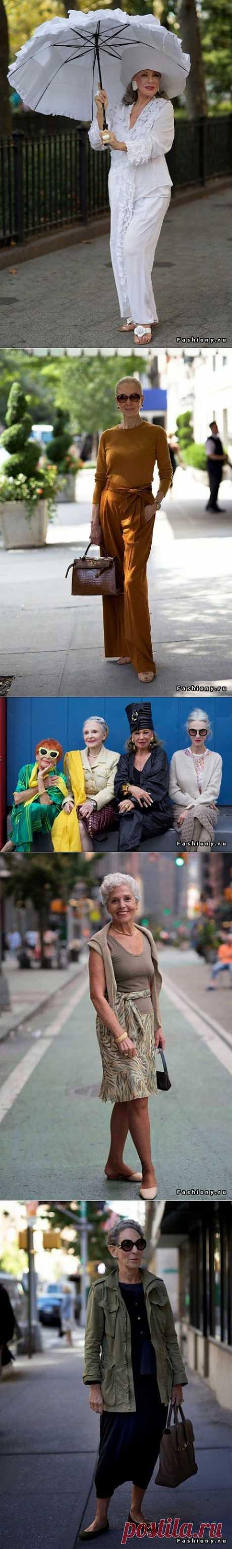 """Сегодня хочу показать новые образы из блога Advanced Style. Этот блог ведет- Ari Seth Cohen с 2008 года. Она бродит по улицам Нью-Йорка и фотографирует интересных и модных пожилых людей. Глядя на них, хочется сказать, что именно так я хочу выглядеть, когда стану бабушкой. Этим """" молодым"""" людям за 60-70-80, но глядя на них видишь, что жизнь у них бьет ключом, а глаза светятся."""