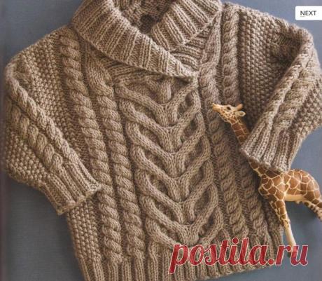 Узорчатый детский свитер спицами.