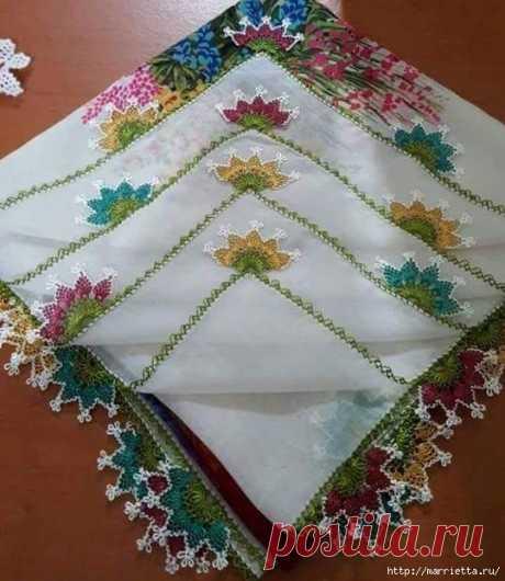 Игольное кружево на носовых платочках