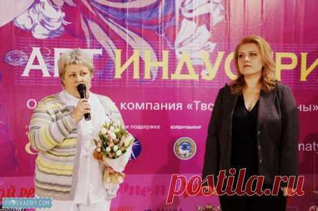 Творческая выставка Art-индустрия: фотографии гостей комнаты невесты в стиле shabby-chic | Prosvadby.com