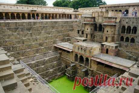 Грандиозный, квадратный колодец с 3500 ступенями, но с смертельно опасной водой. Что не учли Индийские строители? | Travel Best | Яндекс Дзен
