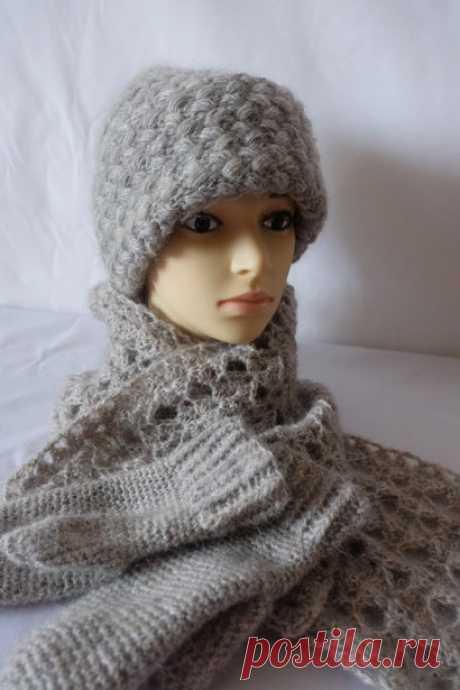 Комплект шапка,шарф,варежки вязаные крючком.Пряжа итальянская 70% кид мохер.30%нейлон.Размер шарфа 23*168 см.Свяжу на заказ в любом цвете #вязание #вязаниеназаказ #вязаниекрючком #ручнаяработа #шапка #шарф #рукавицы #варежки