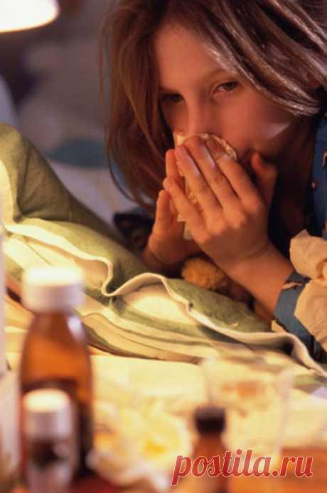 Ринит (насморк) Лечение ринита народными средствами   Слово «ринит» так и переводится с греческого — насморк. Это часто встречающееся заболевание как у взрослых, так и у детей. Он почти постоянный спутник гриппа и пр…