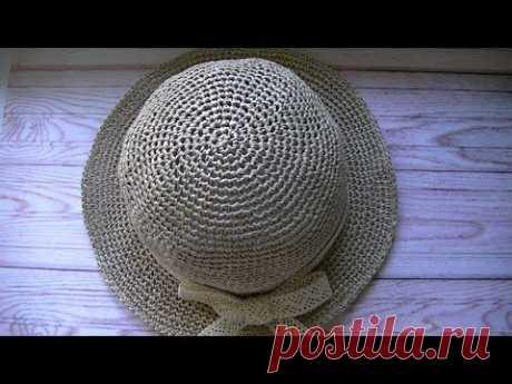 Вяжем шляпку с рафии крючком.