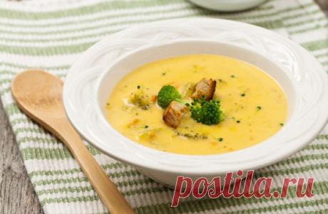 """Лучшие рецепты """"Сырных супов"""" - Рецепты для дома Кулинарный аромат. Мы называем сырный суп блюдом осени, однако уверяю вас, что супы хороши в любую пору года. Ведь он так хорошо согревает, дарит очень хорошее настроение и придает особого уюта. Попробуйте приготовить насыщенный, безумно ароматный суп с курицей, грибами и брокколи по нашим рецептам: Сырный суп с курицей Это нечто!) Курица (грудка) — 1 […]"""