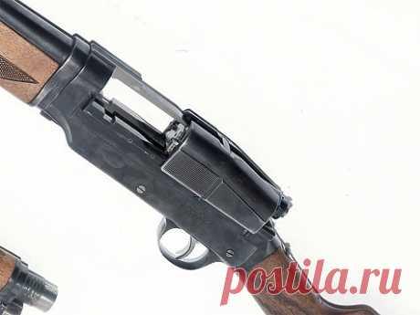 Sjogren — шведский феномен Это первое в истории полуавтоматическое ружье, построенное на инерционном принципе перезаряжания, интересно как для охотников, так и для коллекционеров. Но встретить его в хорошем рабочем состоянии сегодня непросто. Оно конкурировало со знаменитым Browning Auto-5, но имело «странную» конструкцию с открытым затвором.
