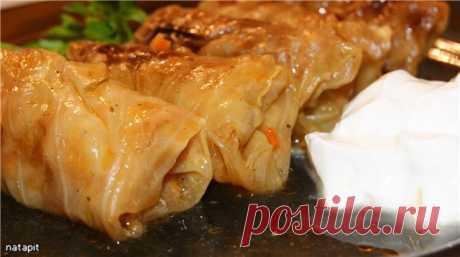 Голубцы в лeгком овощном соусе - кулинарный рецепт