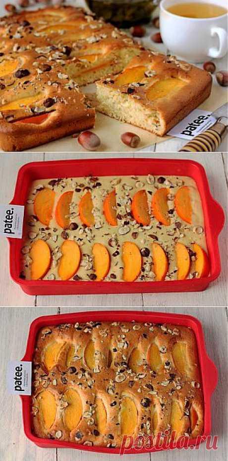 Пирог с хурмой и фундуком - рецепт с фотографиями