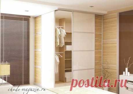 Угловой встроенный шкаф купе в спальню под заказ: фото, идеи, дизайн, конструкция