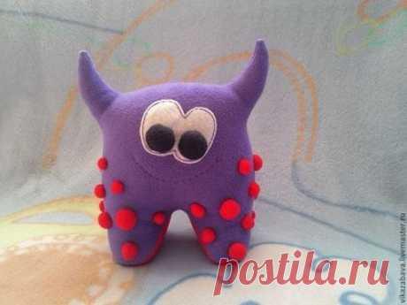 Чудесатик Брусничный Джемка - фиолетовый, монстрик, необычный подарок, неведомая зверушка
