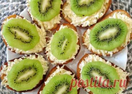 Ореховые бутерброды с киви — Sloosh – кулинарные рецепты