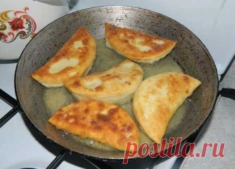 - it is easy to prepare fast and very tasty chebureks and simply! Magnificent and tasty!