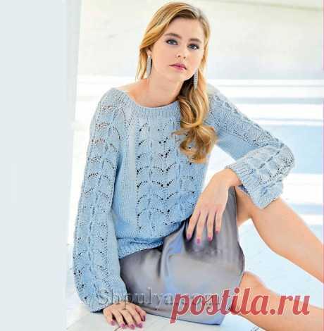 Серебристый пуловер с рукавами «колокол» и ажурными узорами — Shpulya.com - схемы с описанием для вязания спицами и крючком