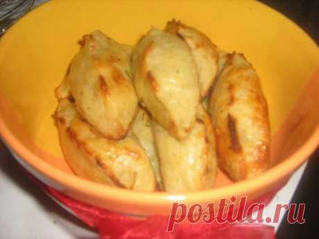 POTATO PIES WITH CABBAGE