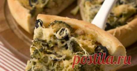 Пицца с морепродуктами и брокколи – домашний рецепт с фотографиями и ингедиентами Как приготовить вкусное блюдо - пицца с морепродуктами и брокколи? Смотрите рецепт с пошаговым описанием и фотографиями на телеканале Еда.