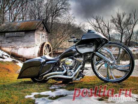 2008_harley_davidson_road_glide+cover_spread.jpg