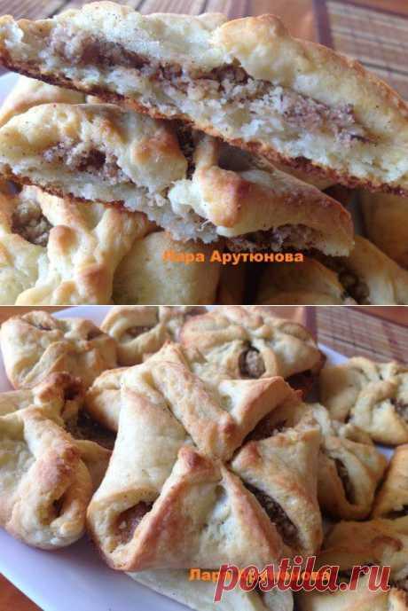 Творожное печенье с начинкой из грецкого ореха с сахаром и корицей. | Четыре вкуса