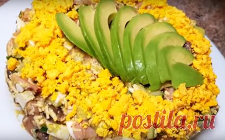 Салат к новогоднему столу с фантастически вкусной заправкой