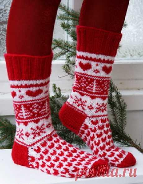 Новогодние жаккарды. Вязание носков спицами жаккардовым рисунком - Колибри Хватит дарить носки на только на 23-е февраля, пора начать дарить их на Новый Год! Тем более такие н