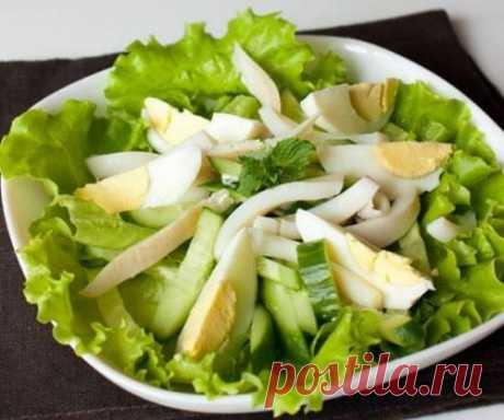 Салат из кальмаров с огурцом и яйцом - рецепт с фото / Простые рецепты