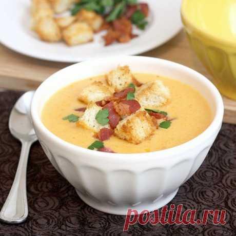 ✪ 7 сливочных супчиков для зимних вечеров.  Зимой без супа никуда. Он и голод утолит, и душу порадует, и согреет холодным зимним вечерком. Недаром чем севернее живет народ, тем больше в его кухне супов.  Для вас лучшие рецепты сливочных супчиков, от которых ваши близкие будут в восторге.  Сливочно-сырный суп с чесночными сухариками: