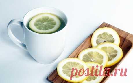 Почему по утрам стоит пить теплую воду с лимоном - Rezulitat.ru