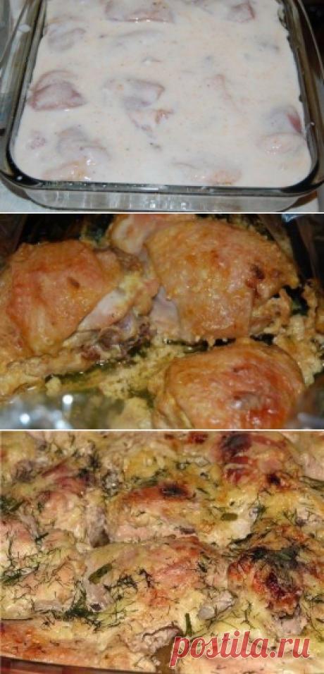 La gallina marinada en el kéfir, cocido.