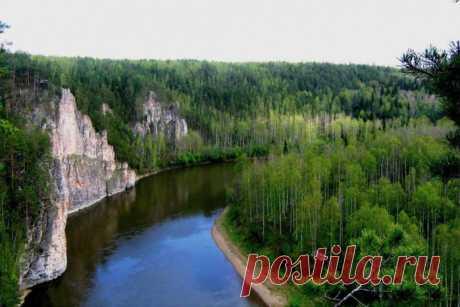 Уральская река Чусовая