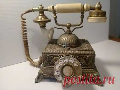 Vintage Ornate French Rotary Dial Illinois Bell Telephone No L-2122 581A Set 6U  | eBay Vintage Ornate French Rotary Dial Illinois Bell Telephone No L-2122 581A Set 6U. This phone is untested and sold for parts or repair.  The mouth piece part of the headset is loose.  Im sure there are other issues that i fid not notice.  See phoyos for conditiin.  Please ask all questions prior to bidding.   Thank you.