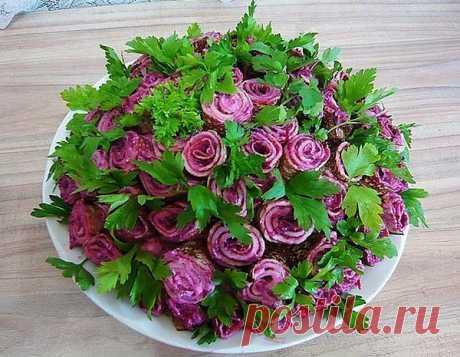 "Салат ""Букет роз""."
