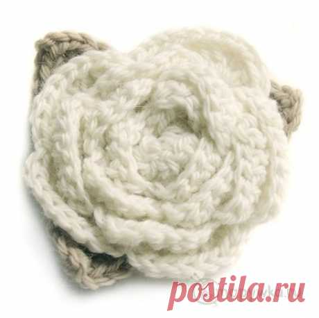 Вязаная брошь - цветок (белая роза) - купить | Одежда ручной работы | HANDMADE интернет-магазин