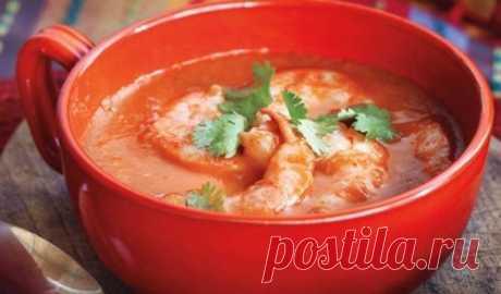 Вкусно, оригинально, полезно… Это все о нем — о томатном супе с морепродуктами из индонезийской кухни!  Итак, чтобы приготовить суп, вам понадобится 30 минут и следующие ингредиенты: Коктейль из морепродуктов — 250 г Лук репчатый — 1 головка Показать полностью…