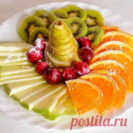 Фруктовые нарезки, фруктовые ассорти, фруктовые тарелки - фото идеи