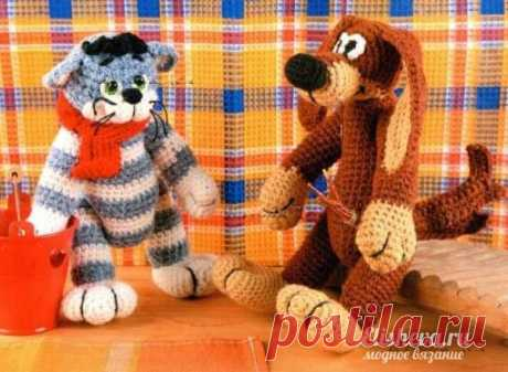 """Soft toys the hands: Cat \""""Matroskin\"""" and Dog \""""Ball\"""" knitted hook"""