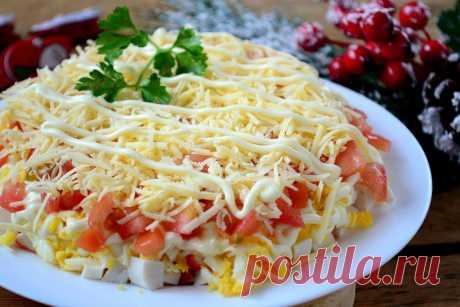 Очень вкусный салатик с крабовыми палочками — Кулинарная книга - рецепты с фото