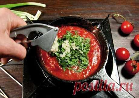 Соус из томатного сока к шашлыку.