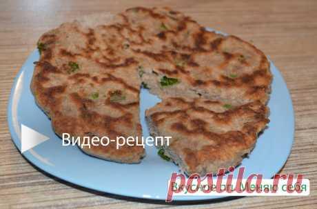 Чем заменить хлеб? Показываю рецепт лепёшек с зелёным луком, которую очень любят в нашей семье
