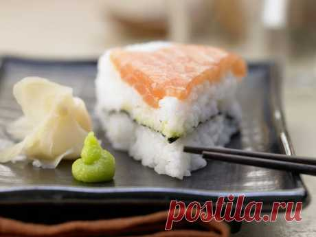 """Рецепт суши-торта """"Филадельфия"""". Для тех, кто любит роллы, но не умеет их крутить - Tabulo"""