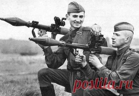 Como la URSS pedía permiso en la OTAN   el siete Ruso