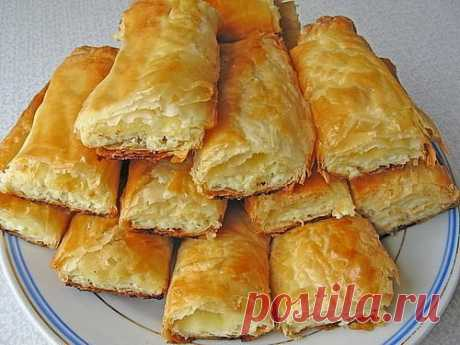 Incredibly!! The most tasty puff pastry in only 10 minutes!!! Now I do not buy dough in shop, I prepare only! This wonderful dough, just lifesaver. It is elementary to train him, probably and 10 minutes are a lot of … and result improbable, soft and...