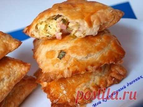 Простые пирожки с очень вкусной начинкой из зеленого лука, сыра и ветчины   Вкусные рецепты