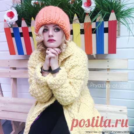 Теплая шапка - объемная, стильная, молодежная