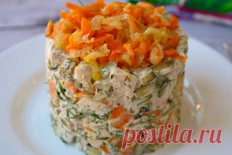 Салат «Обжорка» с курицей: простой, сытный и вкусный