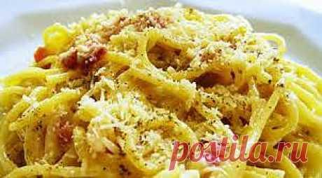 Итальянская паста | Вкус Сицилии В пасте содержится средне-высокое количество калорий, но исключительно углеводов, а не жиров, являющихся ни чем иным, как сложными сахарами, потребление которых необходимо  для обеспечения энергетического заряда и хорошего настроения.