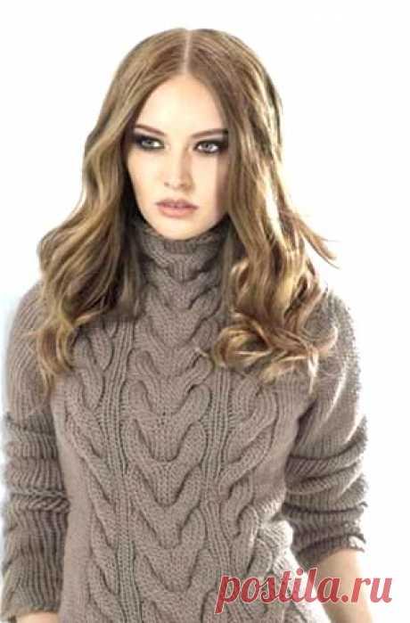 Свитер Стильный пуловер крупной вязки связан спицами узорами с косами пряжей из натуральной мериносовой шерсти.  Размер: 36/38 и 40/42  Данные для размера 40/42 указаны в скобках. Если дано одно значение, оно относится к обоим размерам.