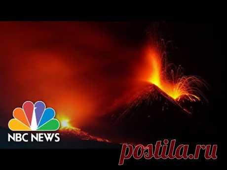 9-7-21-Новое извержение вулкана Этна показали в завораживающем видео - Погода Mail.ru