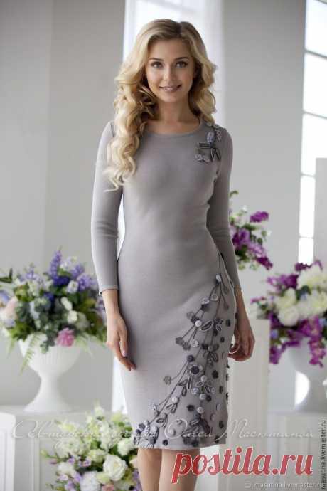 """Платье """"Млечный путь"""" - купить или заказать в интернет-магазине на Ярмарке Мастеров - CXVWPRU. Санкт-Петербург   Вязаное теплое платье дымчато- серого цвета с…"""
