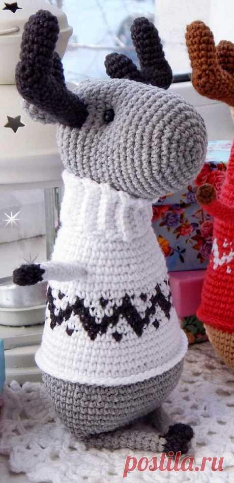 PDF Чудный лось крючком. FREE crochet pattern; Аmigurumi doll patterns. Амигуруми схемы и описания на русском. Вязаные игрушки и поделки своими руками #amimore - лось, олень, оленёнок.