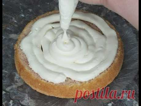 Идеальный крем для торта! Не течет и держит форму. Всего три ингредиента.